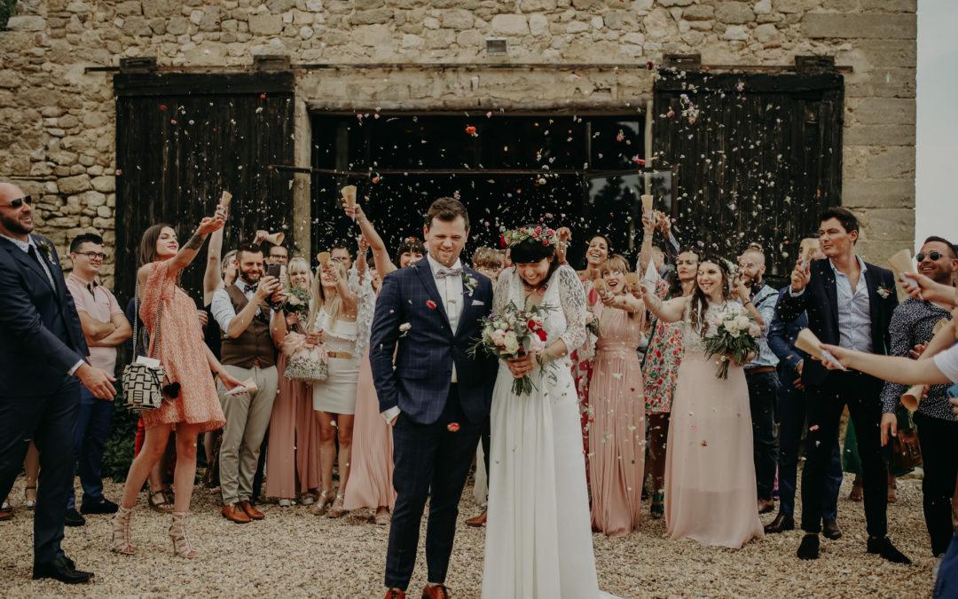 Mariage pool party fleurie au Petit Roulet à Cavaillon